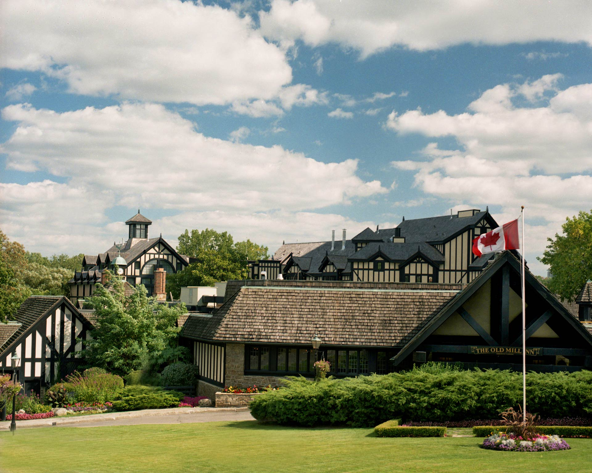 Old Mill Gm >> Contact The Old Mill Toronto Beautiful Boutique Hotel In